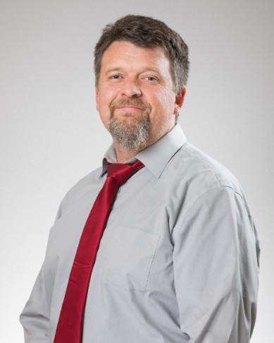 Greg DeVries